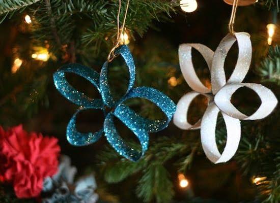 estrellas-de-navidad-hechas-con-rollos-de-papel-higinico