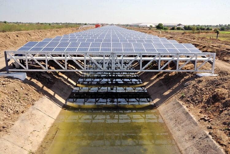 rios de paneles solares