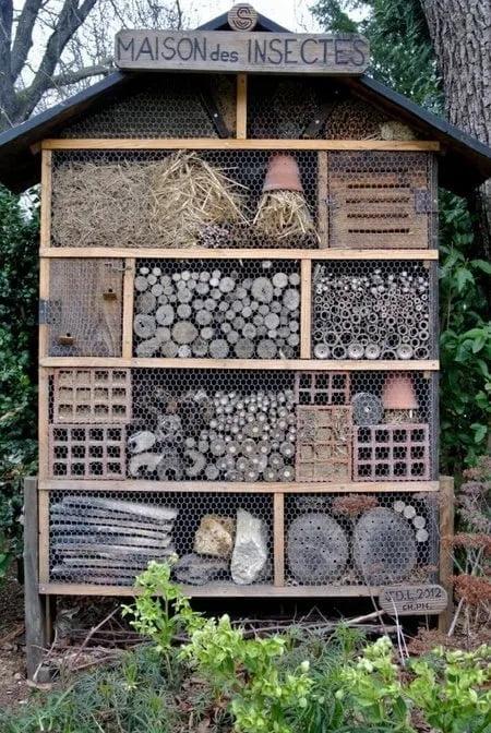 hotel de insectos con materiales reciclados luxemburgo